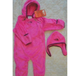 The North Face Newborn Coverall Bunting and Hat